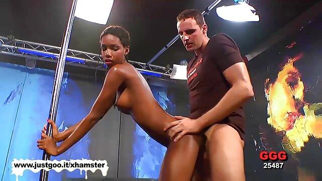 Trillium e o marido dela pornonacionais partilham uma enorme vara preta.
