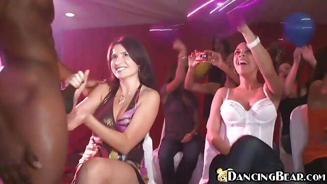 engoliu Chesty Luna Starlet Luna é um videos nacionais de sexo amador campeão de inalação de galos