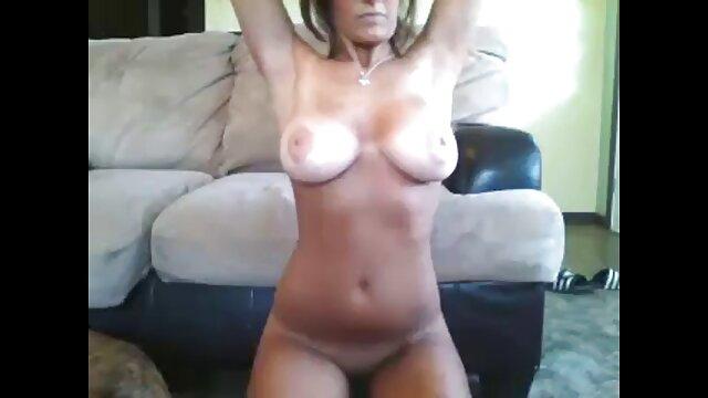 a jovem Adria Rae respira a traqueia quero ver vídeo pornô nacional de Kerian Lee do tamanho de inhames.